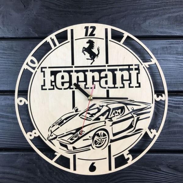 Настінний годинник з дерева Феррарі