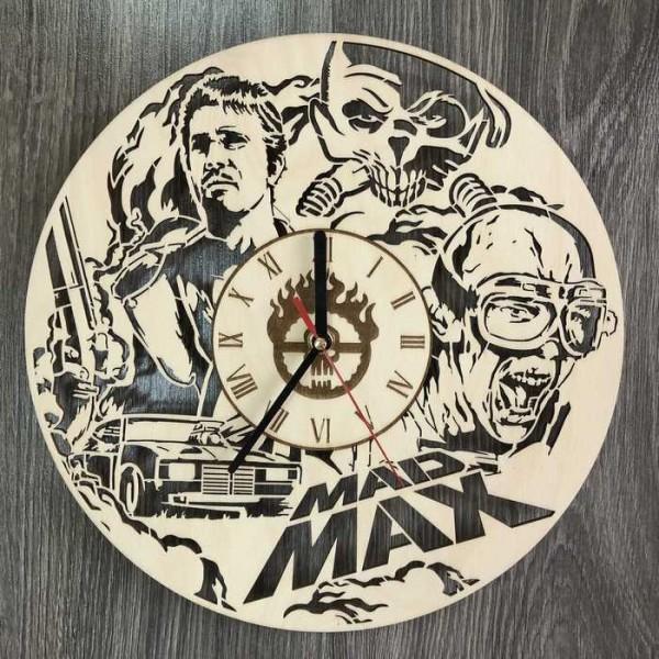 Настінний годинник з дерева в інтер'єр Божевільний Макс