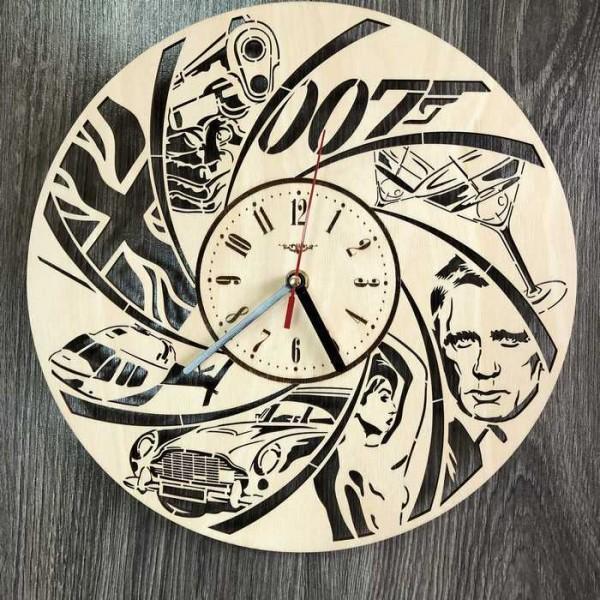 Тематичний настінний годинник в інтер'єр Джеймс Бонд