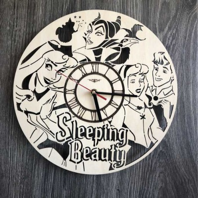 Дитячий круглий безшумний настінний годинник Спляча красуня
