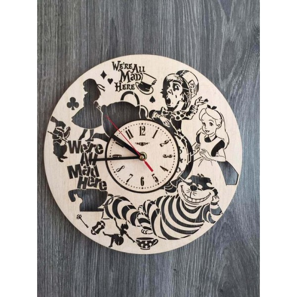 """Настінний годинник з дерева """"Аліса в країні чудес"""""""
