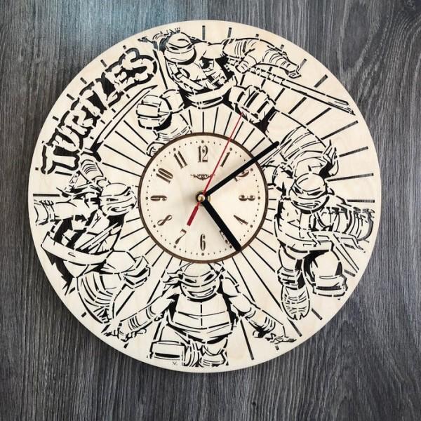 """Круглий оригінальний настінний годинник з дерева """"Черепашки-ніндзя"""""""