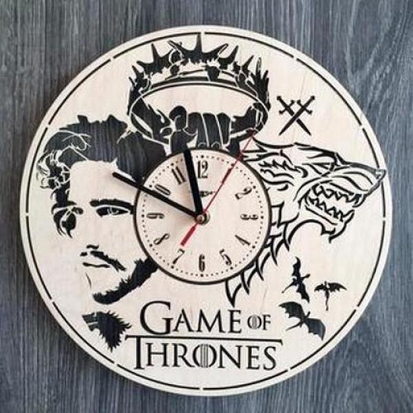 """Настінний годинник з дерева """"Гра пристолів"""""""