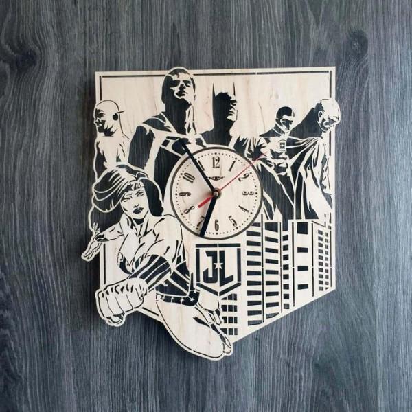 Настінний годинник з дерева Ліга справедливості