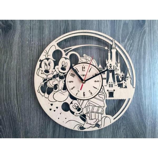 """Настінний годинник з дерева """"Мауглі""""Міккі і Мінні Маус"""