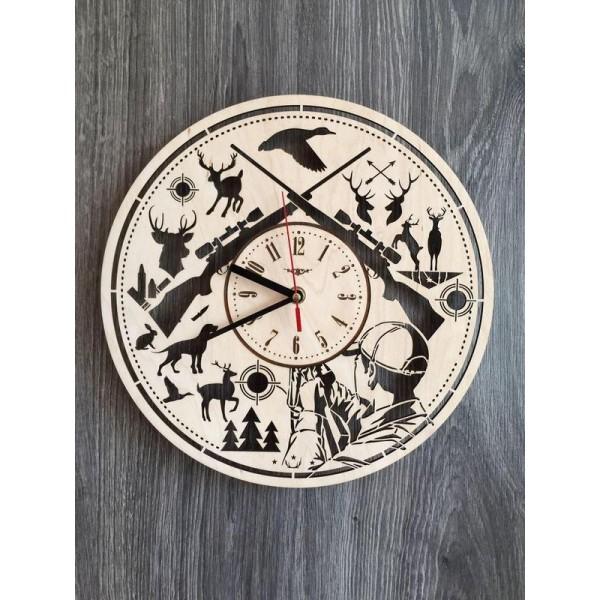 """Настінний годинник з дерева """"Полювання"""""""