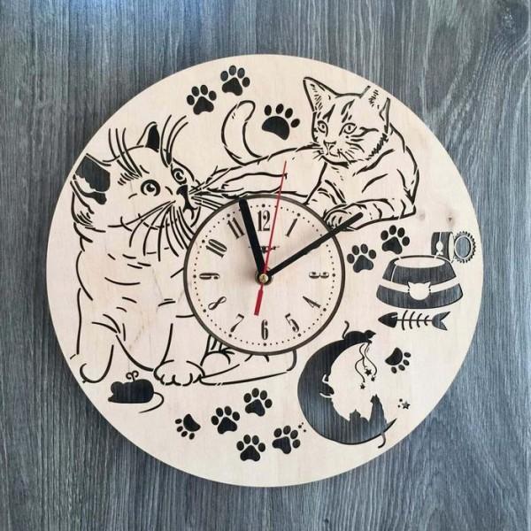"""Настінний годинник з дерева """"Пухнасті котики"""""""