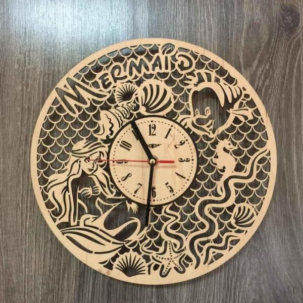 """Настінний годинник з дерева """"Русалочка"""""""
