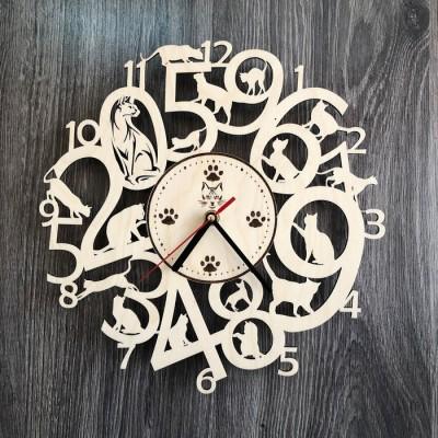 Інтер'єрний годинник на стіну з дерева з котами