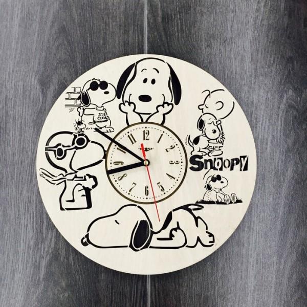 """Настінний годинник з дерева """"Снупі"""""""