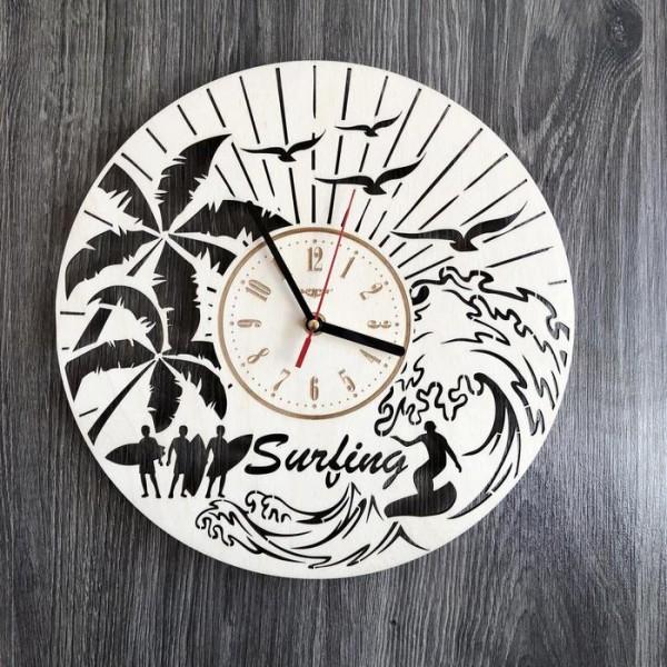 Круглий інтер'єрний настінний годинник з дерева Серфінг