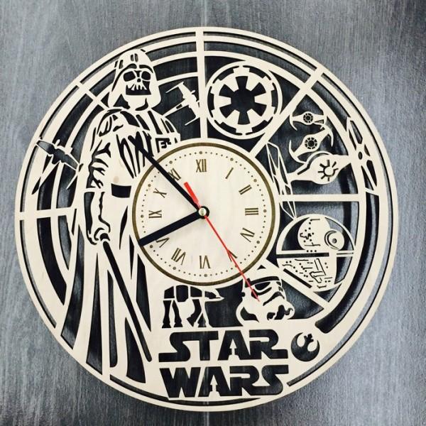 """Настінний годинник з дерева """"Зоряні війни"""""""