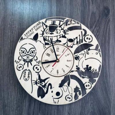 """Годинник настінний з натурального дерева """"Studio Ghibli"""""""