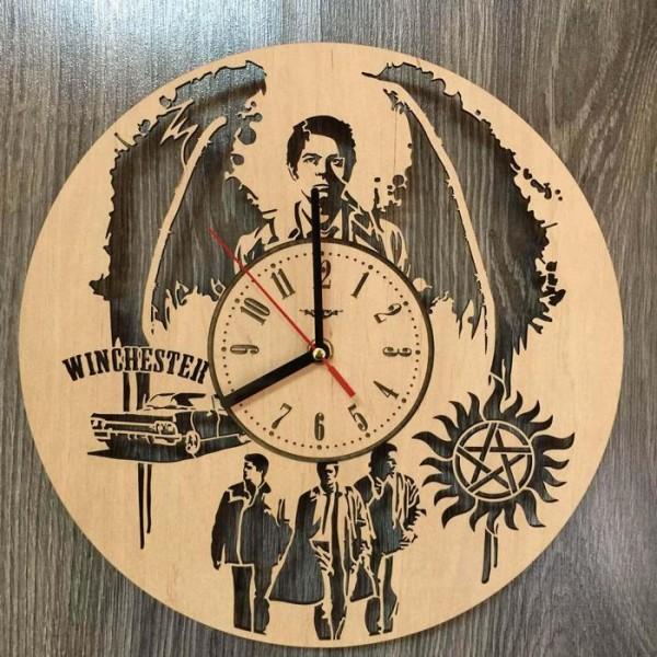 """Настінний годинник з дерева """"Надприродне"""""""