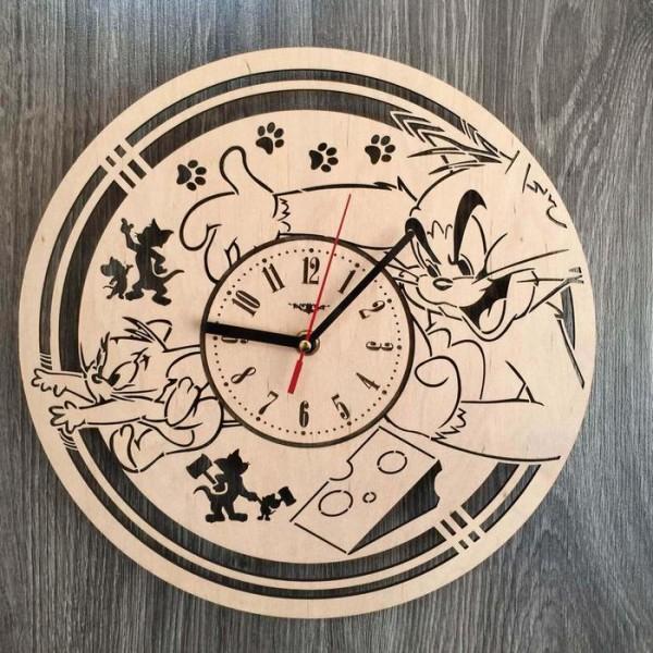 """Настінний годинник з дерева """"Том і Джеррі"""""""