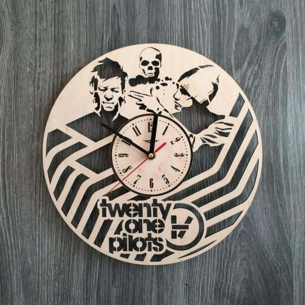 """Настінний годинник з дерева """"Twenty One Pilots"""""""