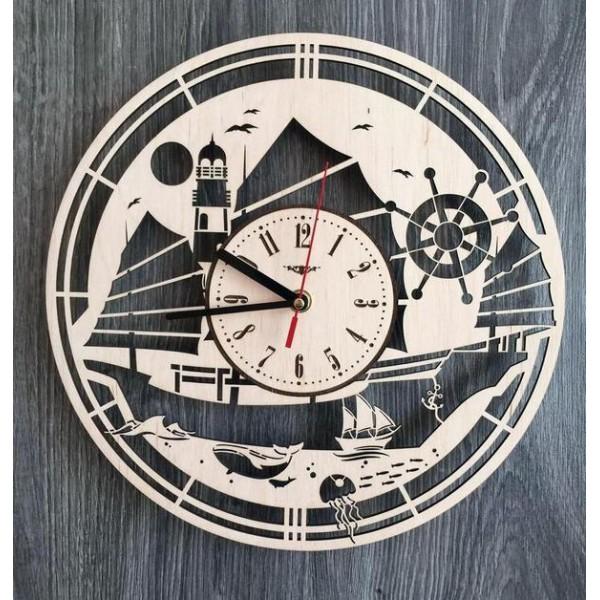"""Настінний годинник з дерева """"У відкритому морі"""""""