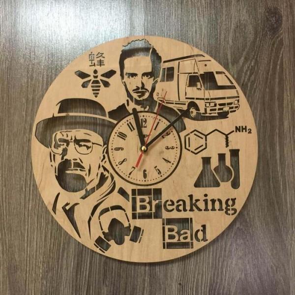 """Настінний годинник з дерева """"У всі тяжкі"""""""