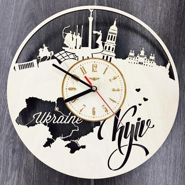 """Настенные часы из дерева """"Киев"""""""