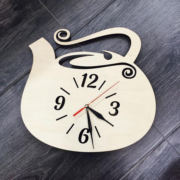 Настінний годинник з натурального дерева Чайник