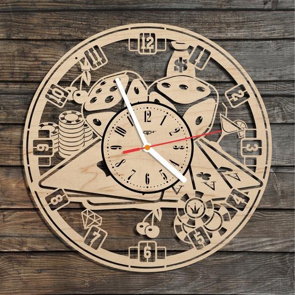 Годинник настінний з лазерним гравіруванням Карти і рулетка