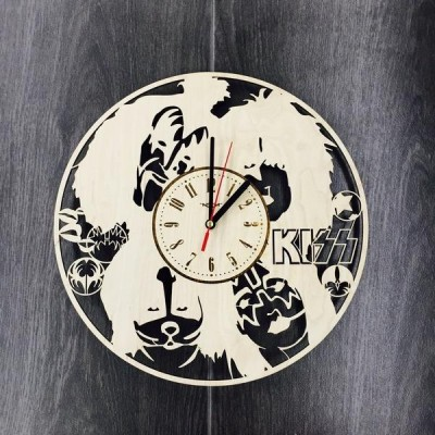 Арт годинник настінний з дерева KISS