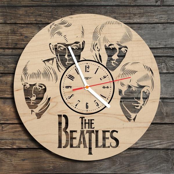 Дизайнерський настінний годинник з дерева Ліверпульська четвірка