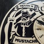 Дизайнерський настінний годинник з дерева Чоловіча перукарня