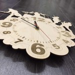 Настінний годинник з натурального дерева Rock