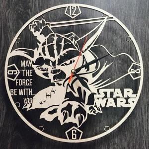Незвичайний настінний годинник Star Wars
