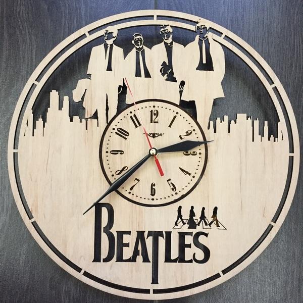 Оригінальний годинник ручної роботи The Beatles