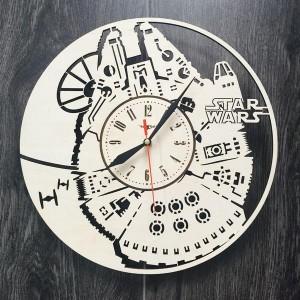 Настінний годинник з натурального дерева Тисячолітній Сокіл