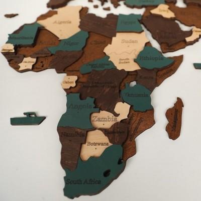 Багатошарова карта світу з натурального дерева (в коричневих та зеленому відтінках)