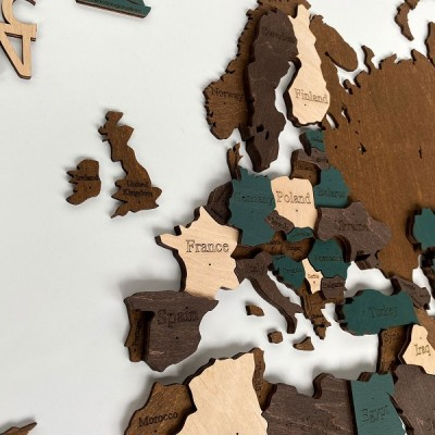 Багатошарові дерев'яні мапи світу