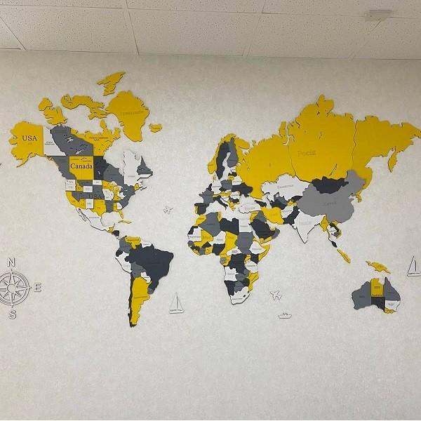 Багатошарова 4D карта світу з назвами країн та штатів (комбі кольори)