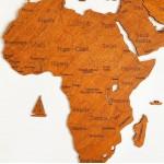Дерев'яна карта світу (колір горіх)