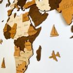 Багатошарова 3D карта світу з назвами країн та штатів (в коричневих кольорах)