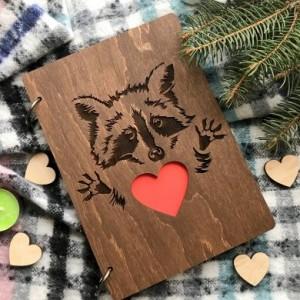 Блокнот в стильній обкладинці з дерева з оригінальним дизайном